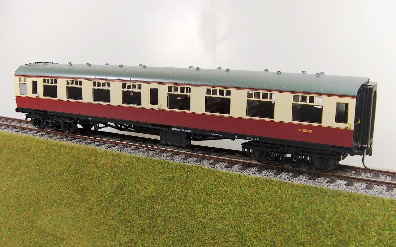 R32-10B 4